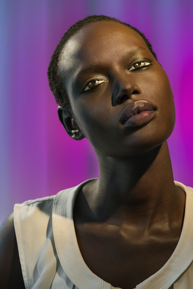 How We See/Ajak (Violet), 2015 by Laurie Simmons