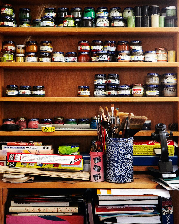 Tour Zoe Pettijohn Schade's Studio