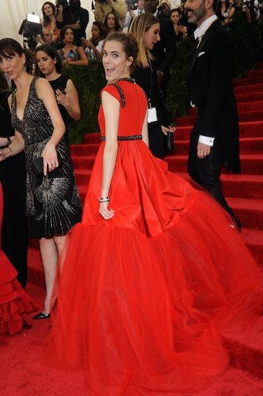 Allison Williams in Giambattista Valli Couture