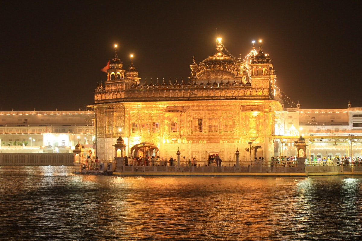 Golden Temple Night Anndra Neen Annette and Phoebe Stephens India
