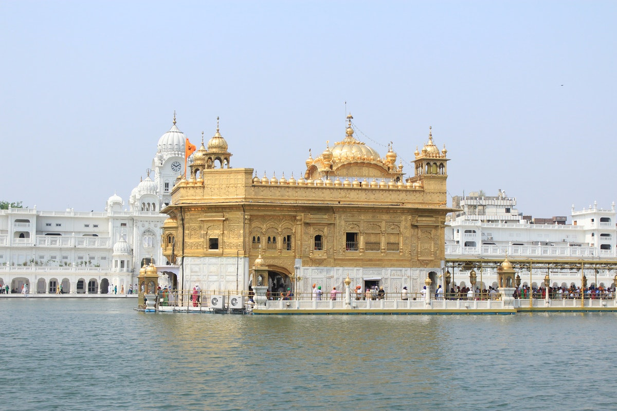 Golden Temple Day Anndra Neen Annette and Phoebe Stephens India