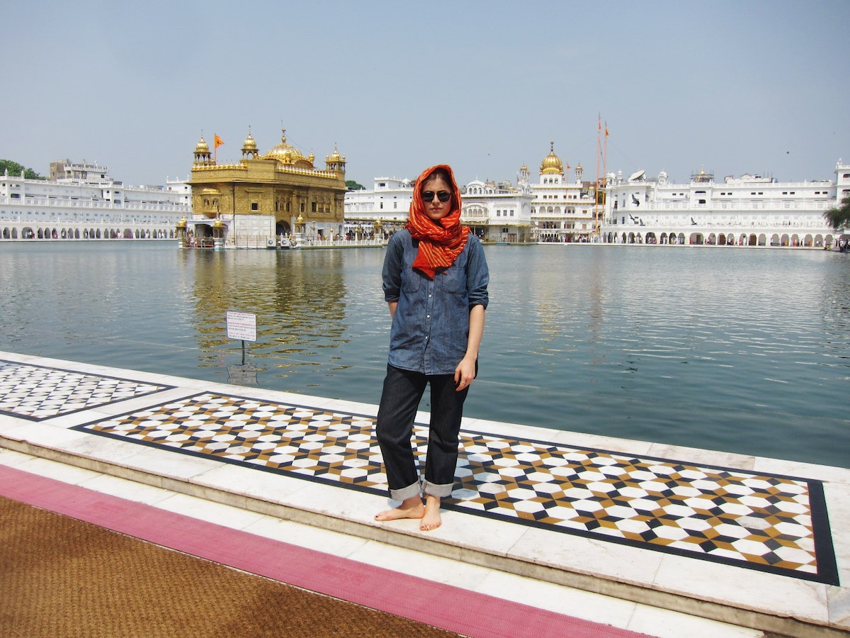 Annette at Golden Temple Anndra Neen Annette and Phoebe Stephens India
