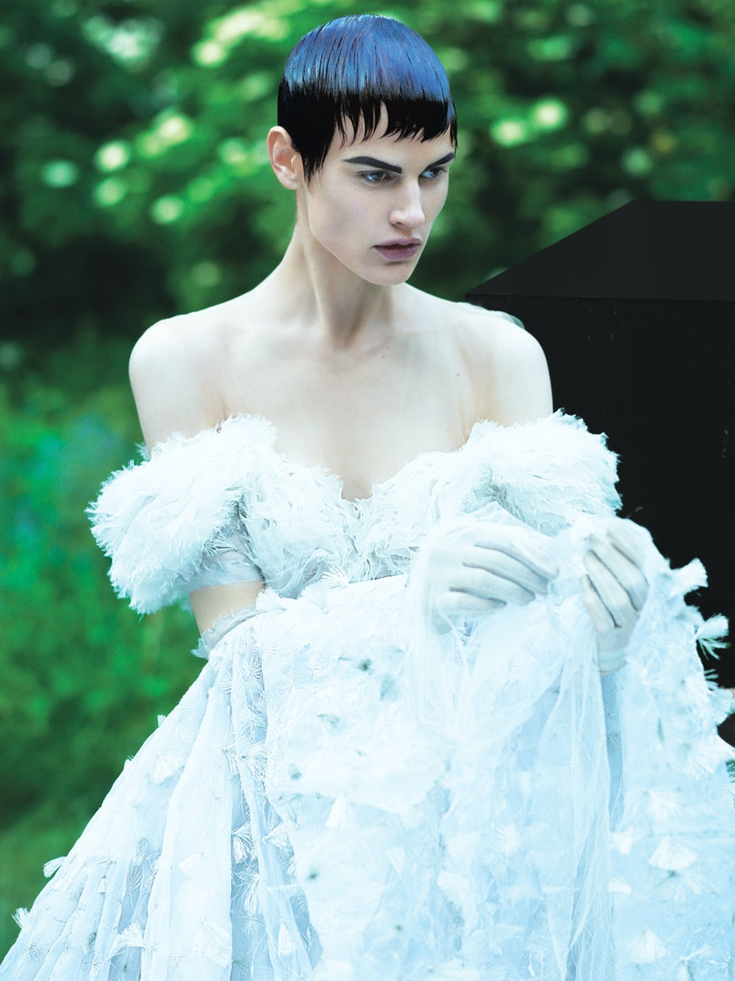 mert-marcus-shapes-white-mood