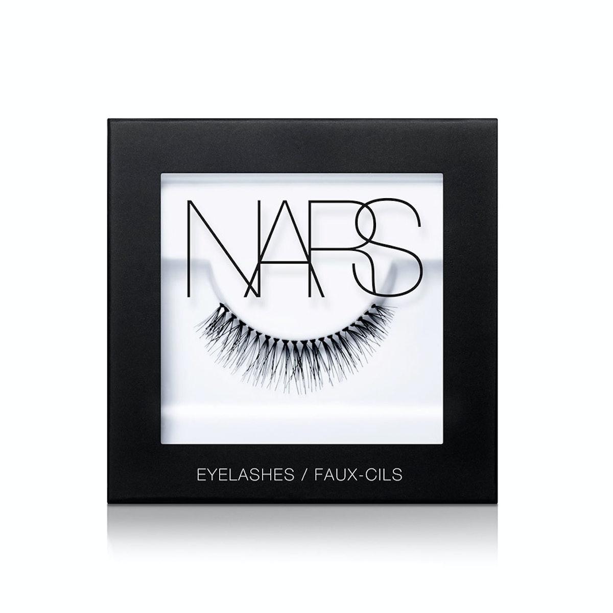 Nars Eyelashes in Numéro 1