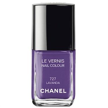 Chanel Lavanda nail