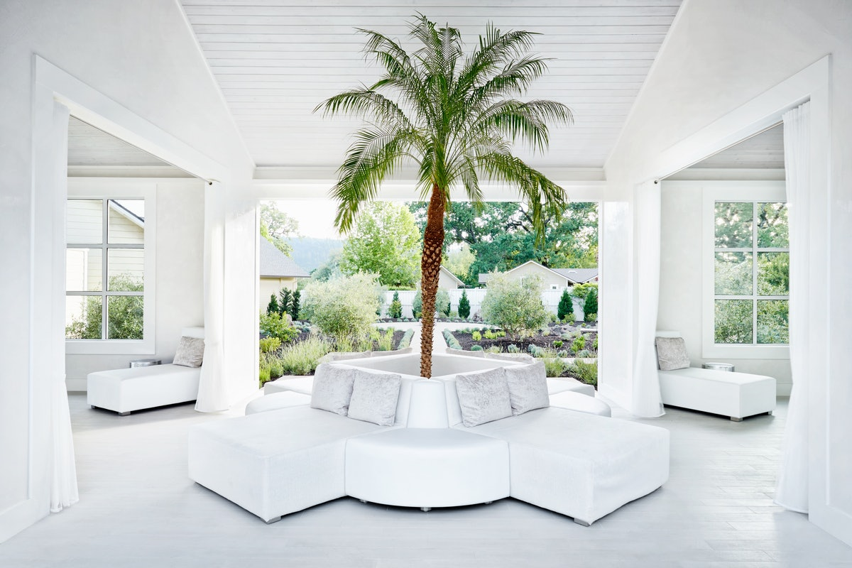 Spa Solage Relaxation Room-Hero