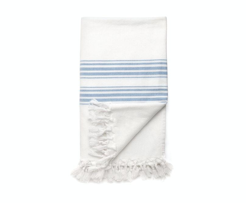 Cuyana towel