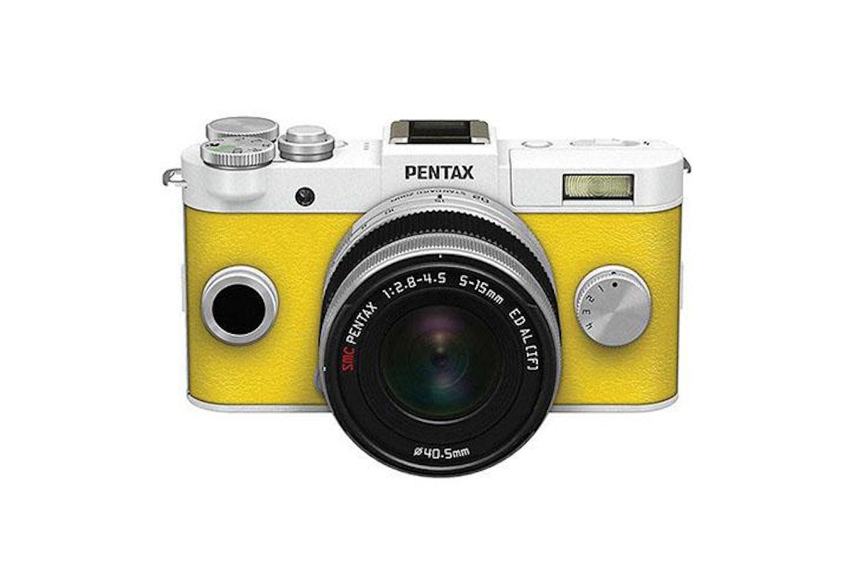 Pentax Q-S1 Mirrorless Digital Camera