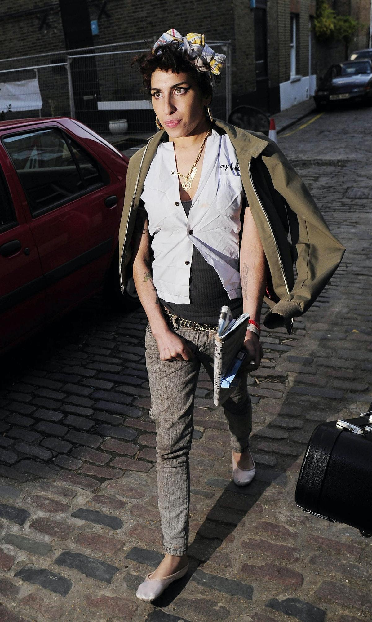 Amy Winehouse Street Style