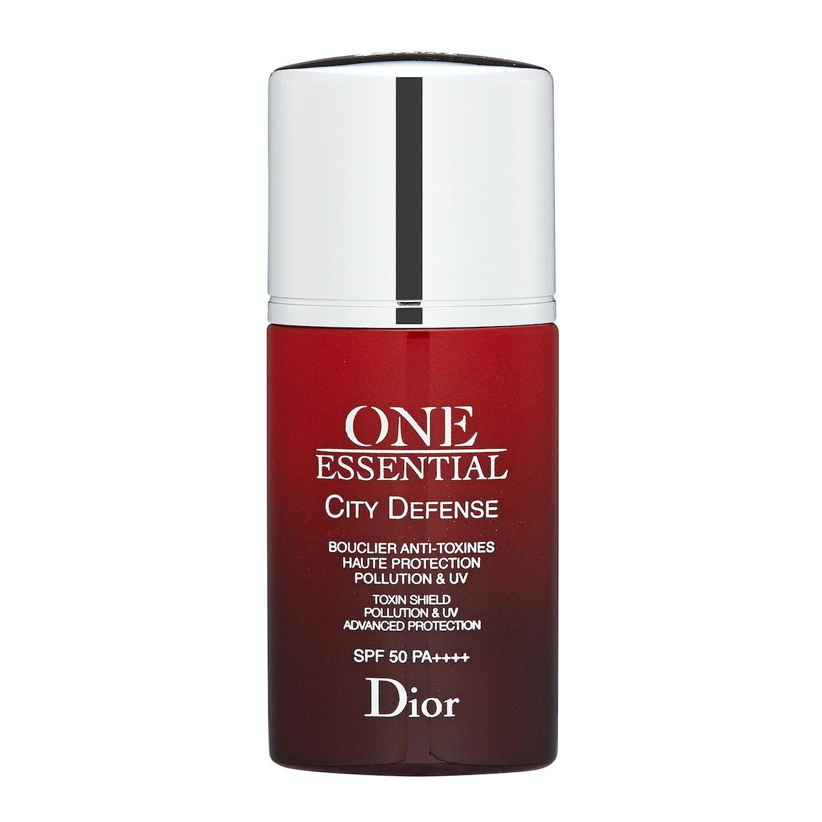 Dior One Essential City Defense SPF 50,