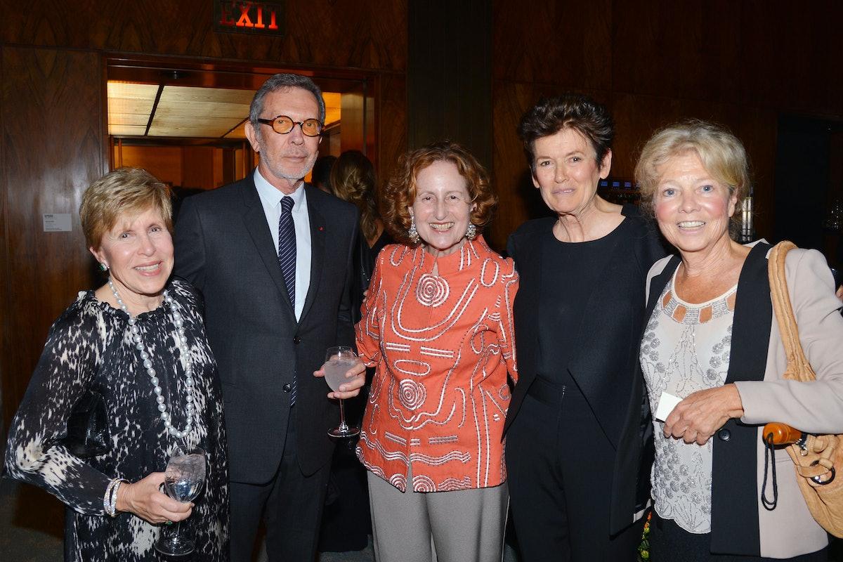 Milly Glimcher, Arne Glimcher, Cynthia Polsky, Ursula von Rydingsvard, and Alice Aycock