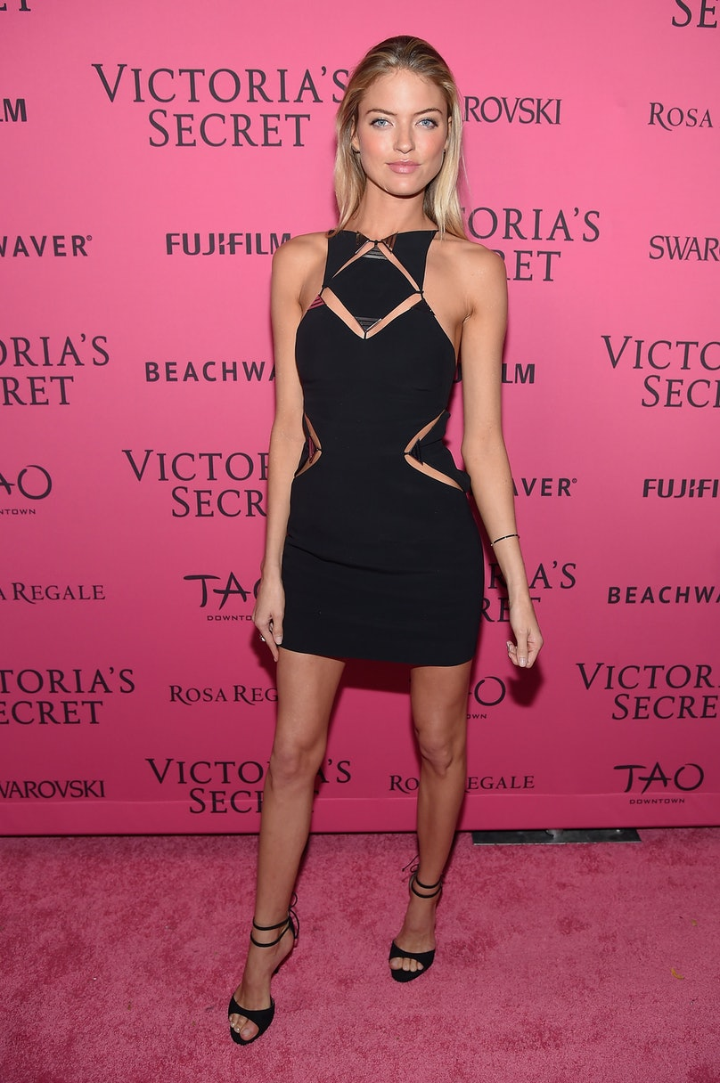 Martha Hunt in Ungaro.