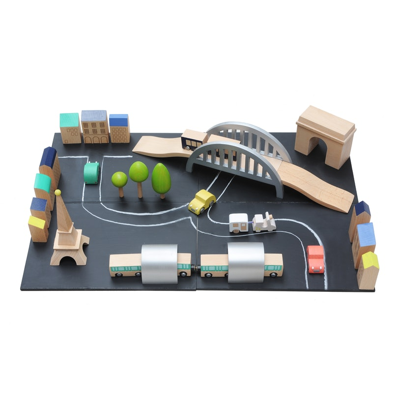Bonpoint Play Sets