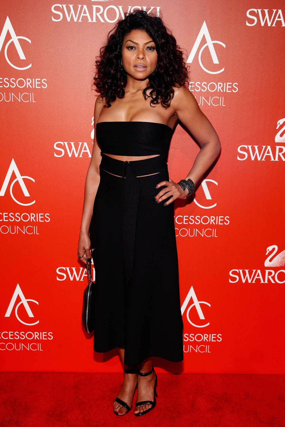 Taraji-Henson-Attends-The-19th-Annual-Accessories-Council-ACE-Awards-2-760x1139