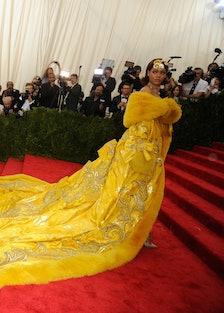 Rihanna-Met-Gala-2015-1542x1025