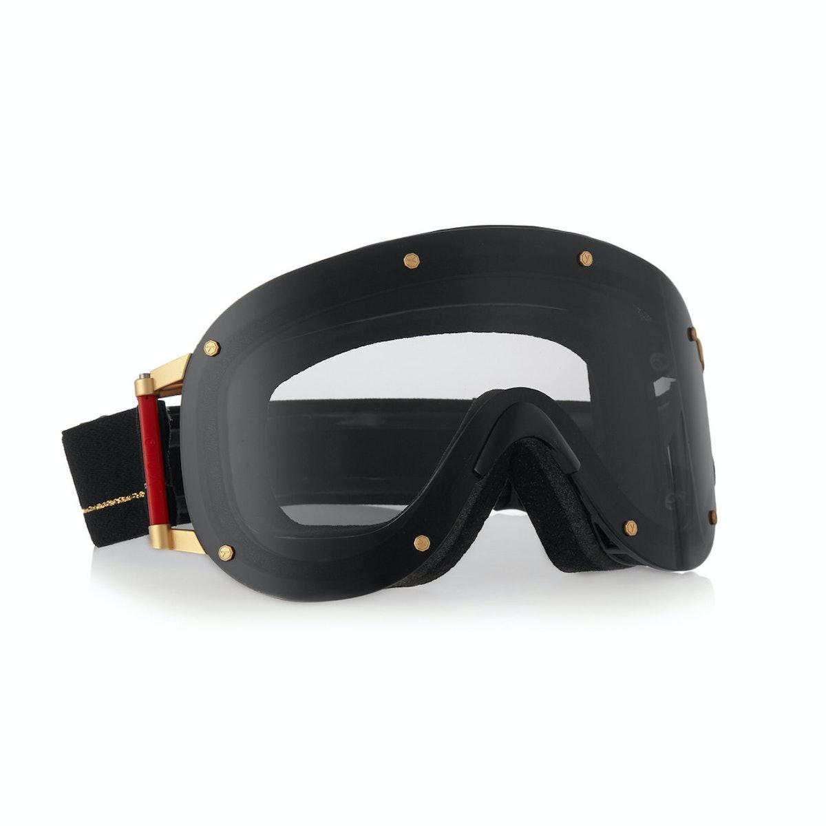 YNIQ goggles