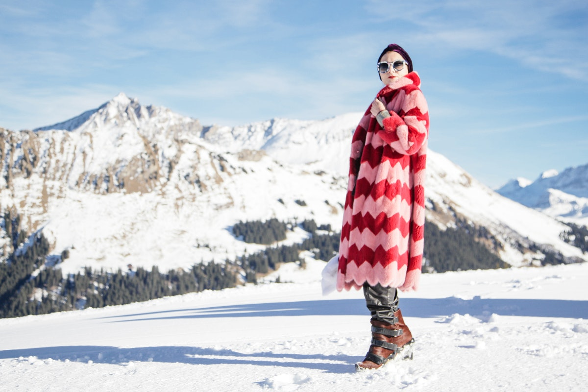 ASMALLWORLD HOSTS: 6TH ANNUAL GSTAAD WINTER WEEKEND FONDUE LUNCH WITH JIMMY CHOO