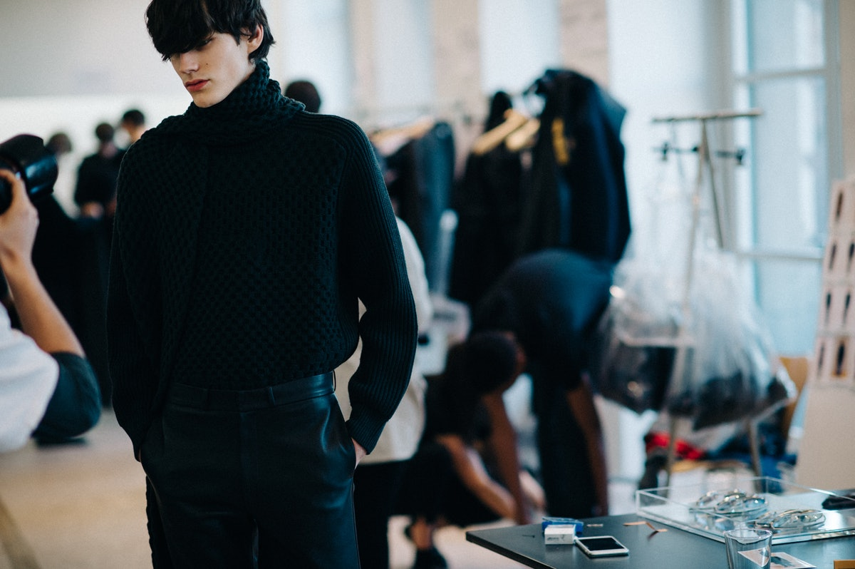 Le-21eme-Adam-Katz-Sinding-Backstage-Jil-Sander-Milan-Mens-Fashion-Week-Fall-Winter-2016-2017_AKS0590