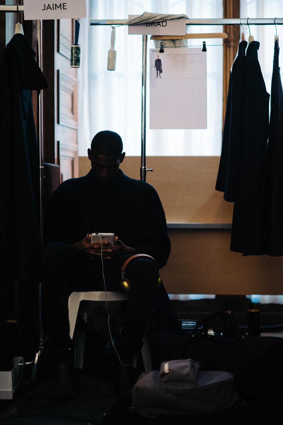 Le-21eme-Adam-Katz-Sinding-Backstage-Lemaire-Paris-Mens-Fashion-Week-Fall-Winter-2016-2017_AKS0998