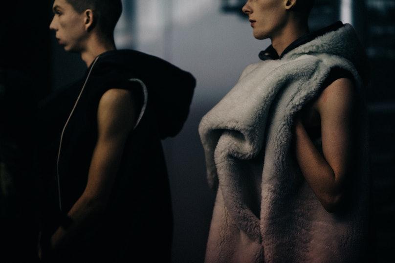 Le-21eme-Adam-Katz-Sinding-Backstage-Rick-Owens-Paris-Mens-Fashion-Week-Fall-Winter-2016-2017_AKS3563