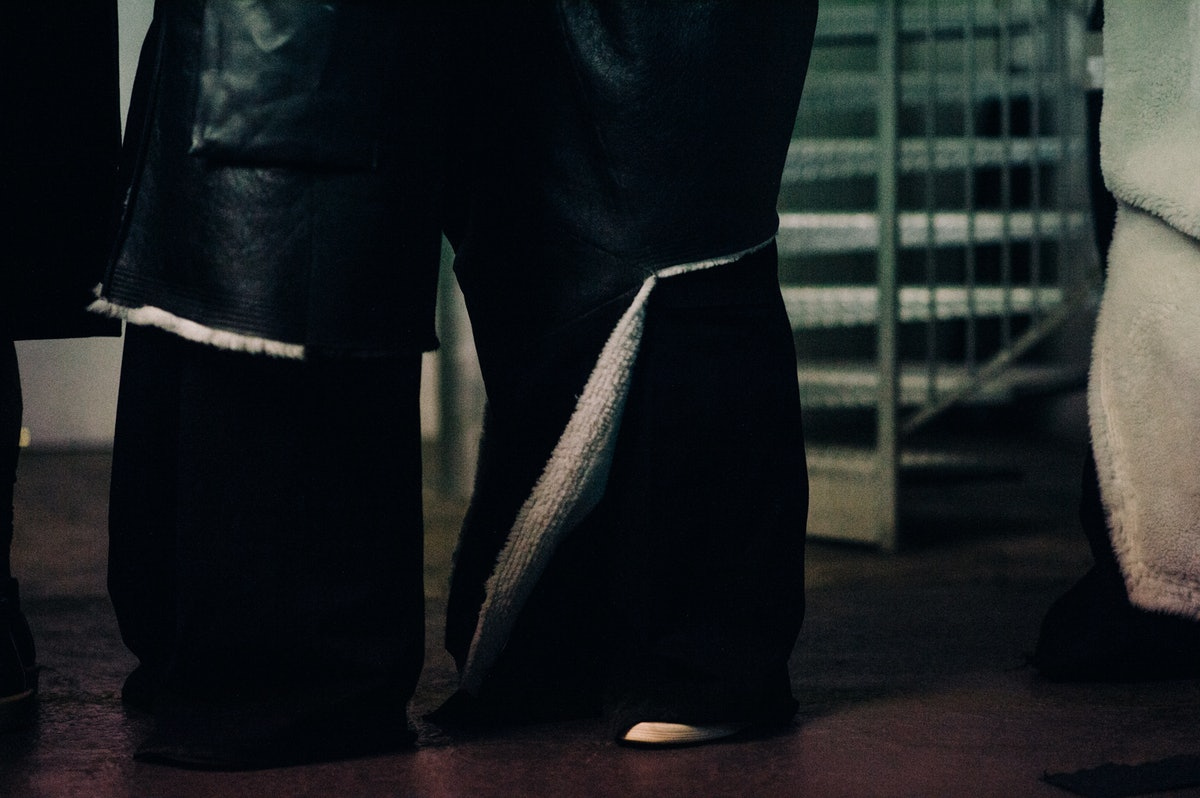 Le-21eme-Adam-Katz-Sinding-Backstage-Rick-Owens-Paris-Mens-Fashion-Week-Fall-Winter-2016-2017_AKS3751