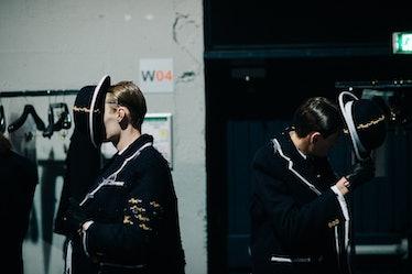 Le-21eme-Adam-Katz-Sinding-Backstage-Thom-Browne-Paris-Mens-Fashion-Week-Fall-Winter-2016-2017_AKS91...