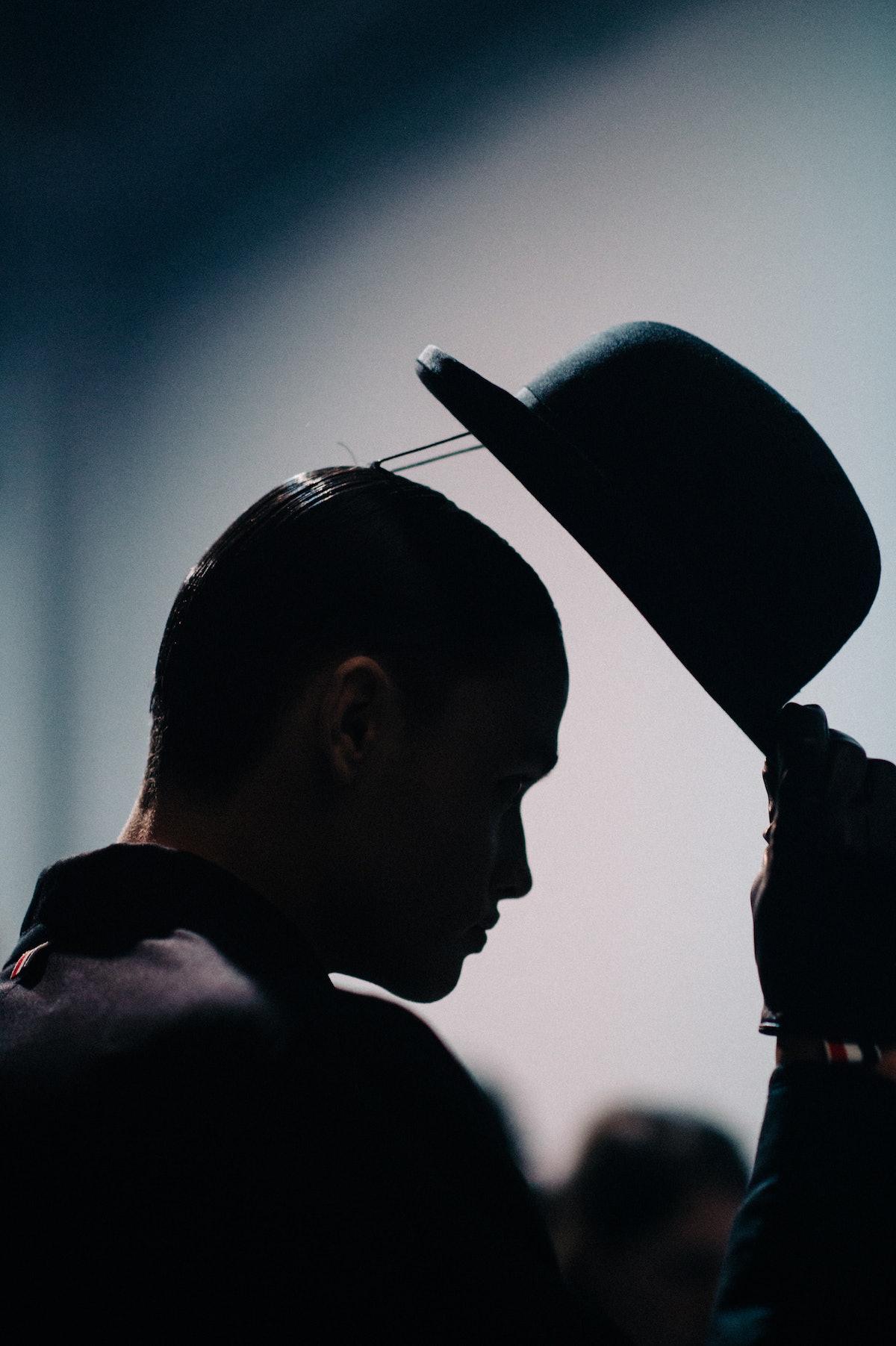 Le-21eme-Adam-Katz-Sinding-Backstage-Thom-Browne-Paris-Mens-Fashion-Week-Fall-Winter-2016-2017_AKS9101