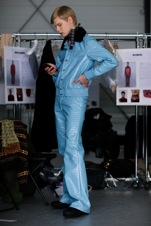 Yana-Davydova-Backstage-KENZO-Paris-Mens-Fashion-Week-Fall-Winter-2016-YD0457