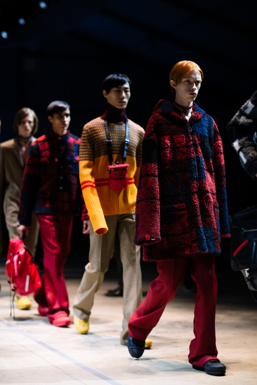 Yana-Davydova-Backstage-KENZO-Paris-Mens-Fashion-Week-Fall-Winter-2016-YD0817