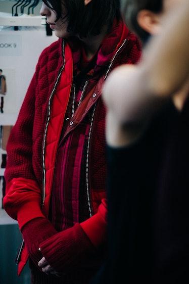 Le-21eme-Adam-Katz-Sinding-Backstage-Sacai-Paris-Mens-Fashion-Week-Fall-Winter-2016-2017_AKS1905