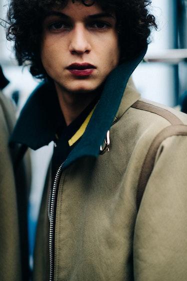 Le-21eme-Adam-Katz-Sinding-Backstage-Sacai-Paris-Mens-Fashion-Week-Fall-Winter-2016-2017_AKS1770