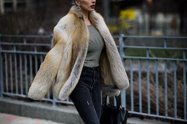 Le-21eme-Adam-Katz-Sinding-New-York-Fashion-Week-Fall-Winter-2016-2017_AKS4356-coats