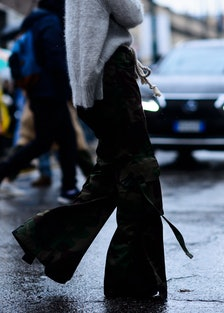 Le-21eme-Adam-Katz-Sinding-Milan-Fashion-Week-Fall-Winter-2016-2017_AKS8246-pants