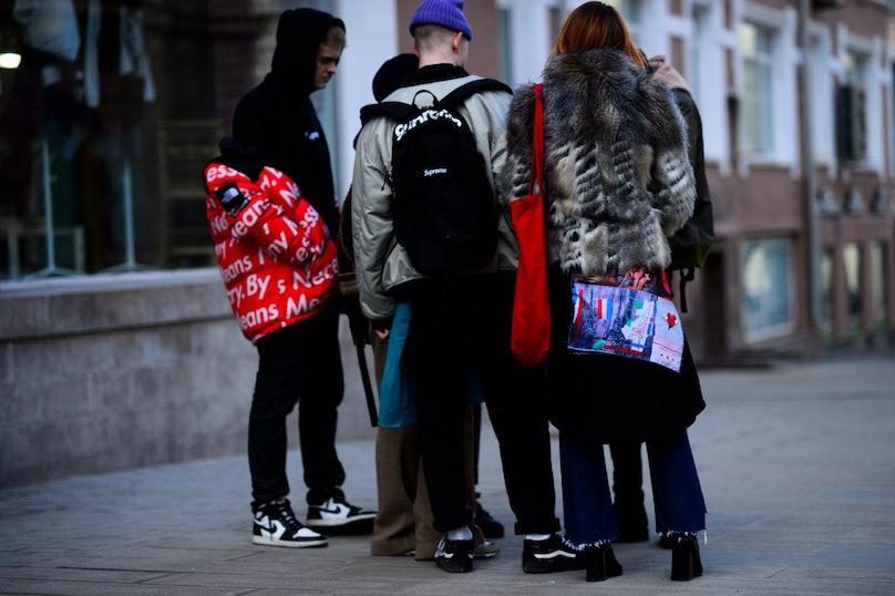 Le-21eme-Adam-Katz-Sinding-Mercedes-Benz-Fashion-Week-Russia-Fall-Winter-2016-2017_AKS9103