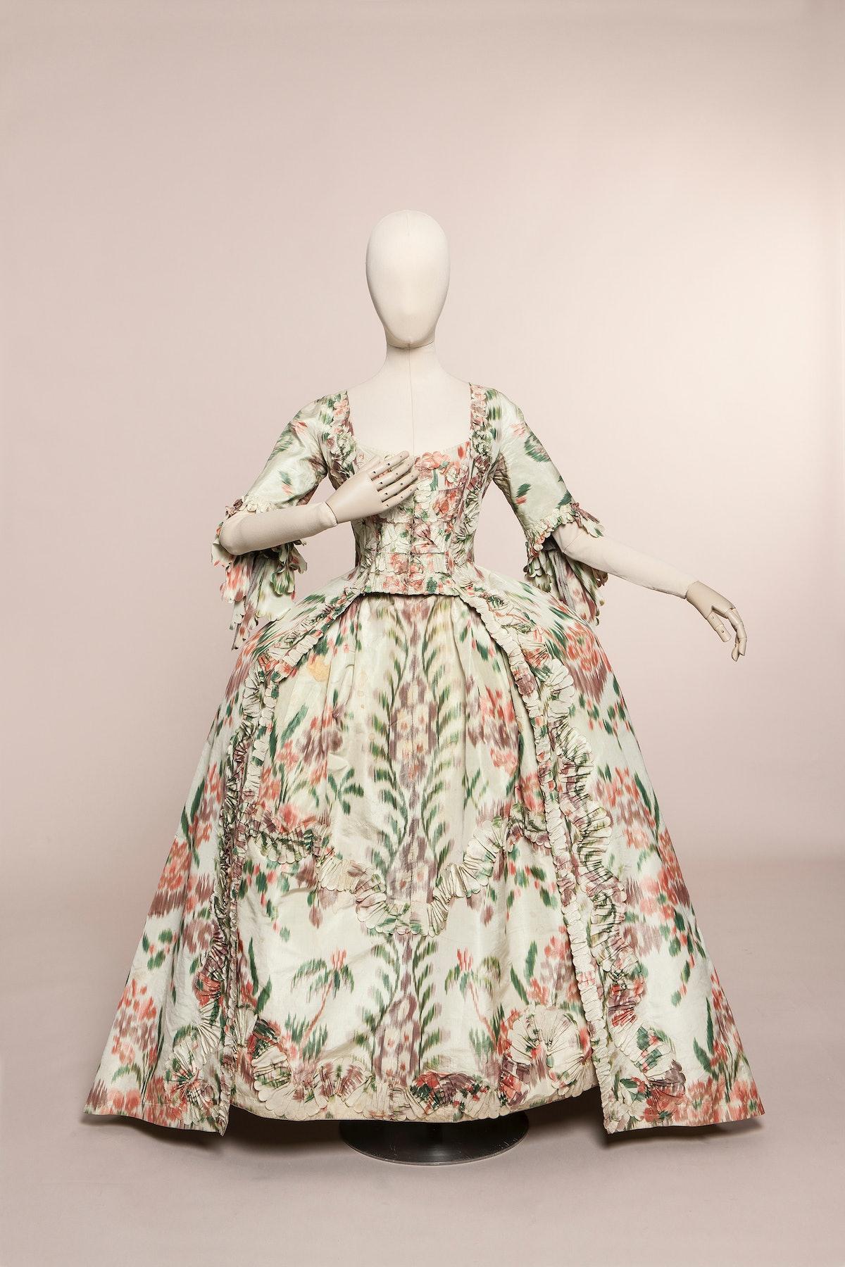 Fashion Forward: Three Centuries of Fashion