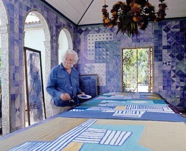 Roberto Burle Marx pintando, paisagista