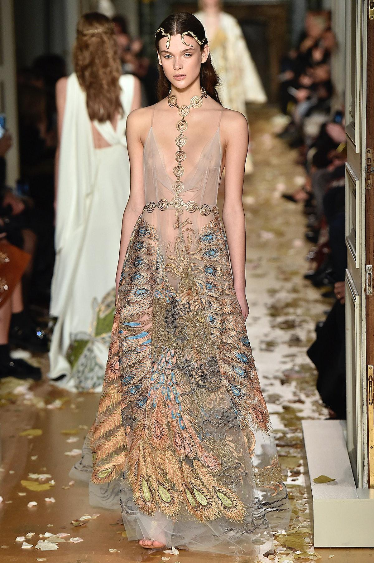 Valentino - Spring Summer 2016 Runway - Paris Haute Couture Fashion Week