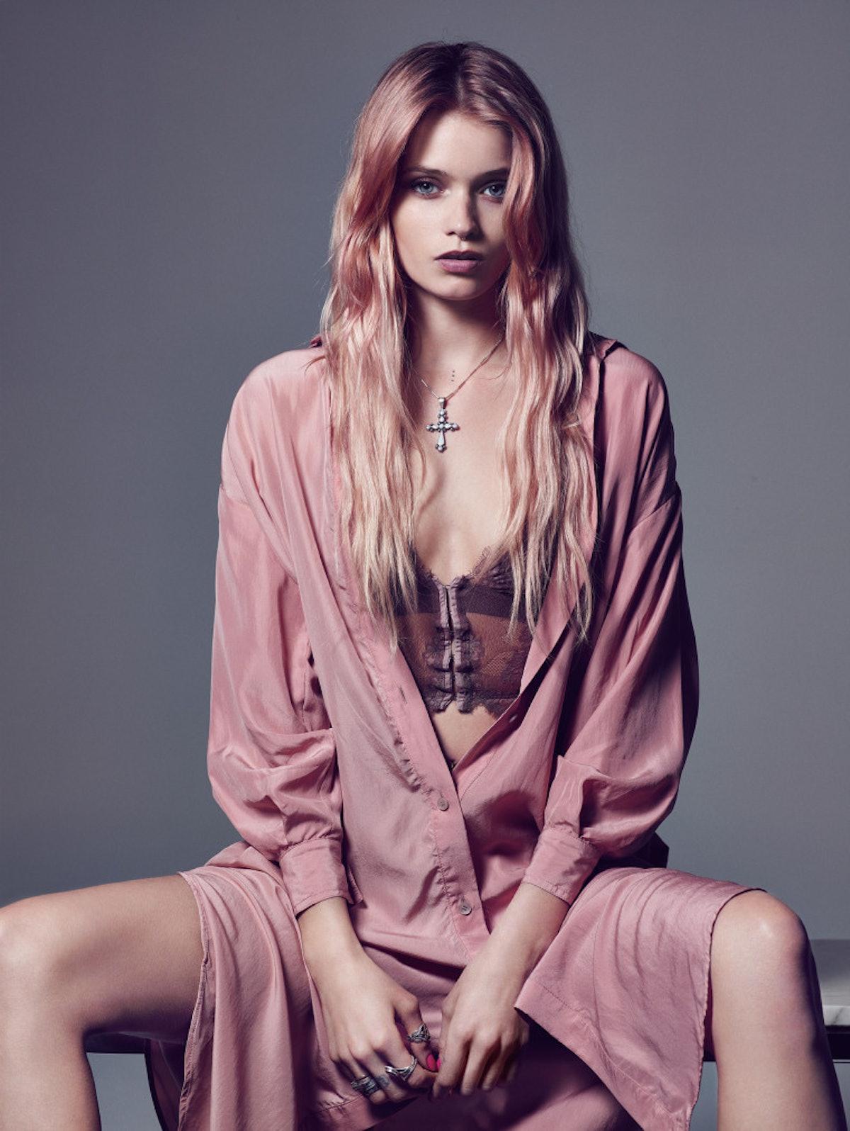 Model-Actresses