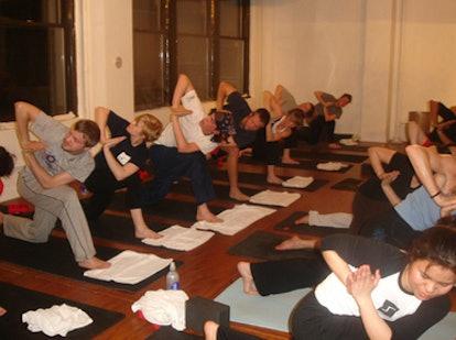 blog_yoga_classroom-thumb-386x288.jpg