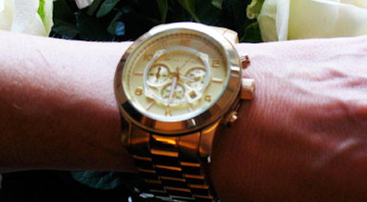 watch-close.jpg