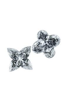 jear_diamonds_01_v.jpg