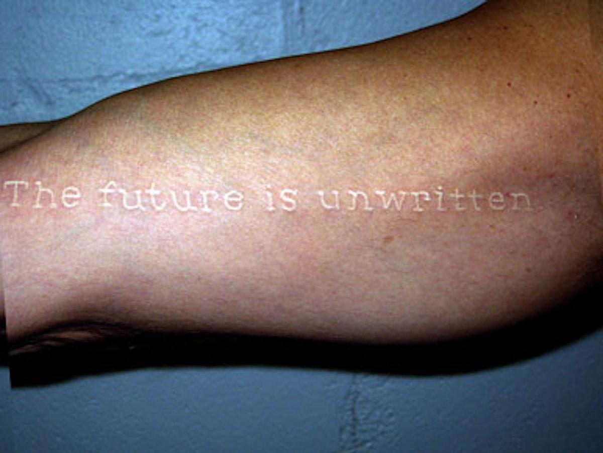 blog_tattoo_white2.jpg