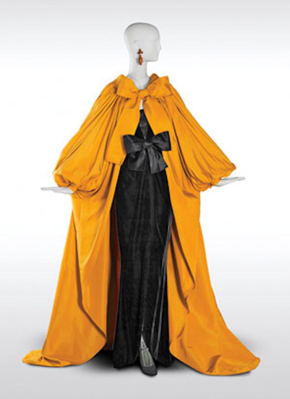 faar-fashion-exhibitions-v.jpg