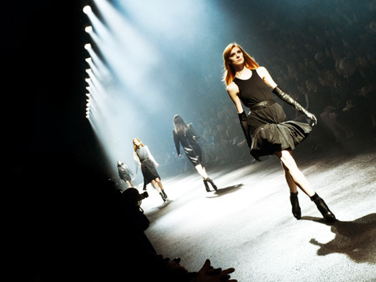 blog-lanvin-fall-2012-backstage-look.jpg