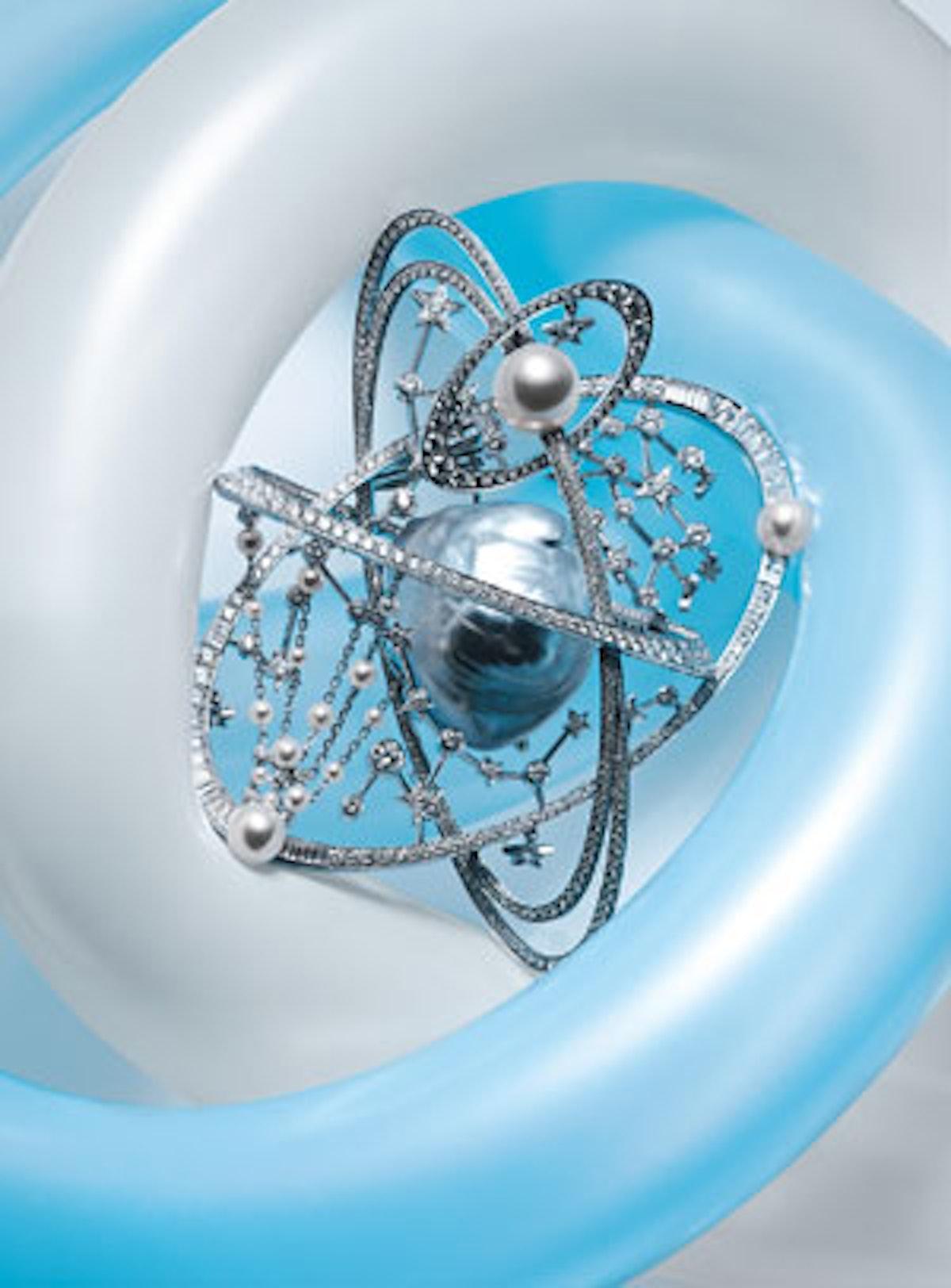 acar-chanel-jewelry-v.jpg