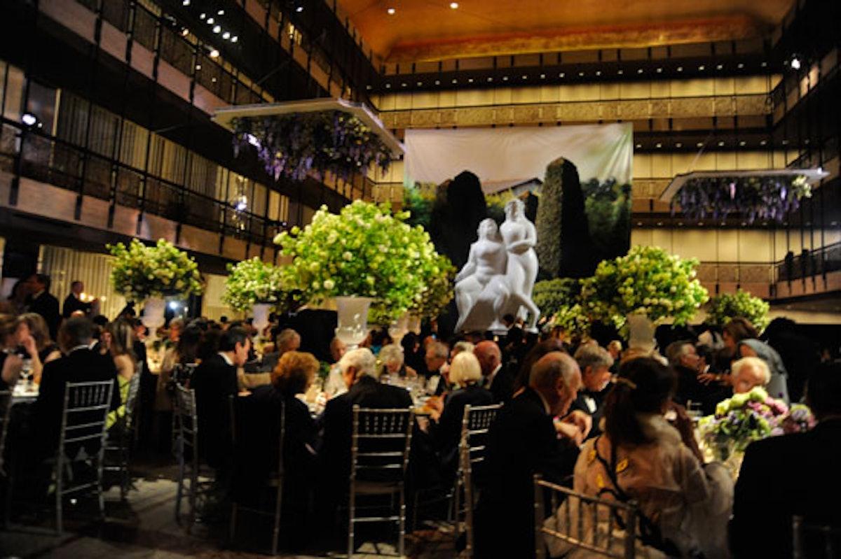 blog-nycb-the-scene-at-the-gala.jpg