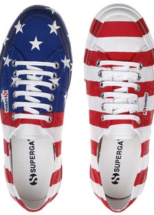 blog-Superga-flag-shoe-01.jpg