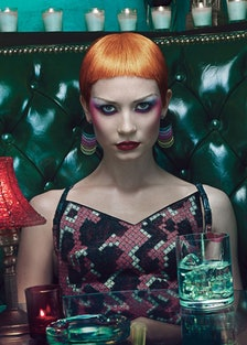 cear-mia-wasikowska-cover-story-01-h.jpg