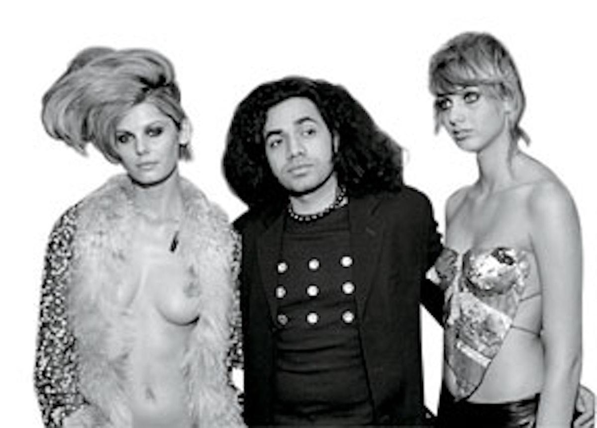 faar-fashion-scandals-40-years-22.jpg