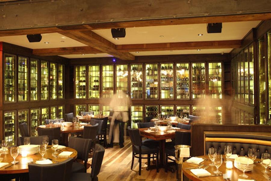 blog-Arlington-Club_Interior-2_Melissa-Hom.jpg